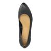Kožené lodičky na klinovom podpätku bata, čierna, 626-6638 - 19