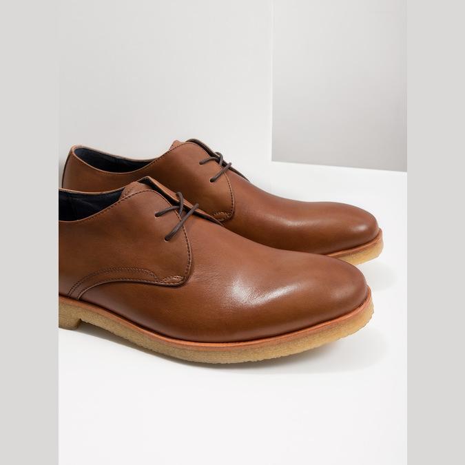 Kožené poltopánky s ležérnou podrážkou bata, hnedá, 826-3412 - 18