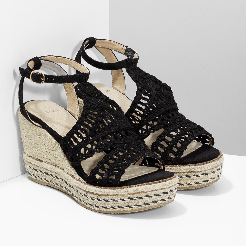 026bc9a97ccf6 ... Čierne prepletané sandále na platforme bata, čierna, 759-6633 - 26 ...