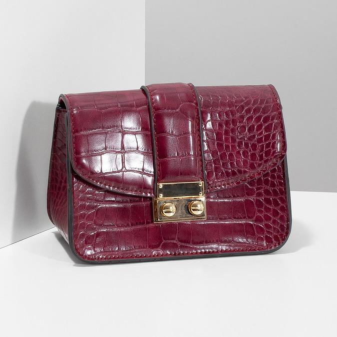 Vínová Crossbody kabelka s retiazkou bata, červená, 961-5869 - 17