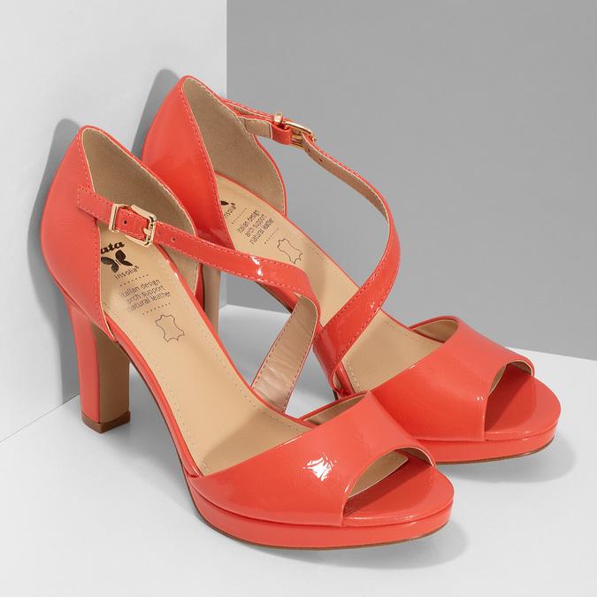 Korálové dámske sandále s asymetrickým remienkom insolia, červená, 761-5600 - 26